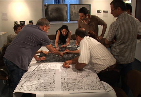 Counter-Mapping Return Workshop, Summer 2010 @ Zochrot Gallery, Tel Aviv, Israel. Photo credit: Nimrod Zin